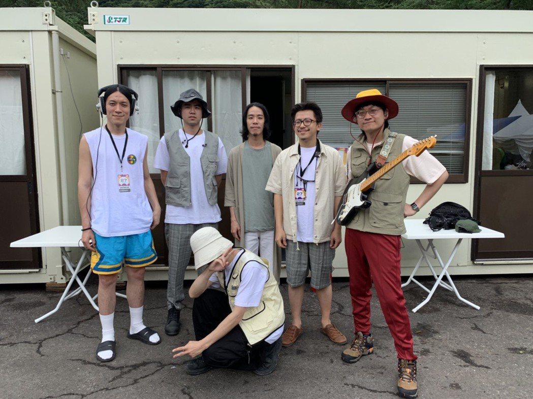落日飛車成為暌違2年再度登上日本富士音樂節的台灣樂團。 圖/夕陽音樂提供