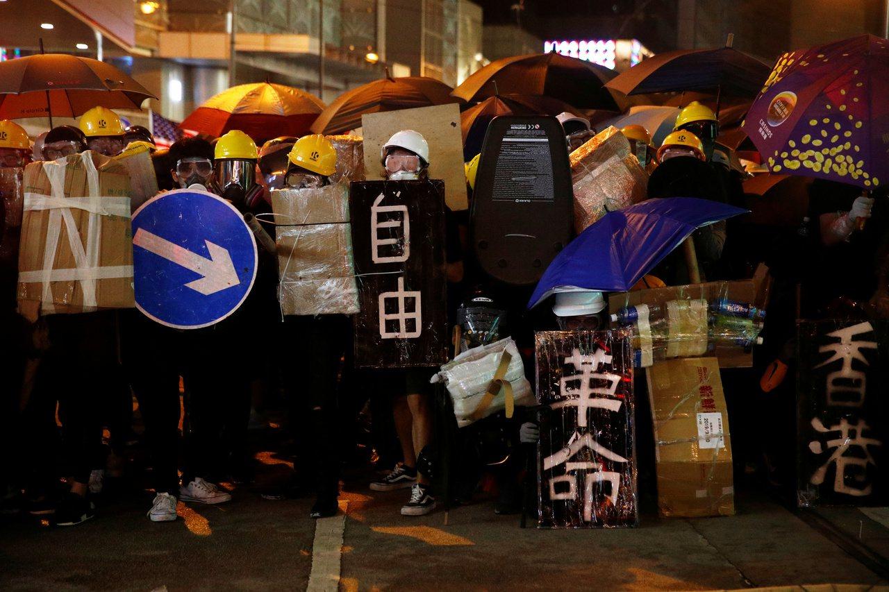 反送中遍地開花 示威者高呼時代革命 路透社