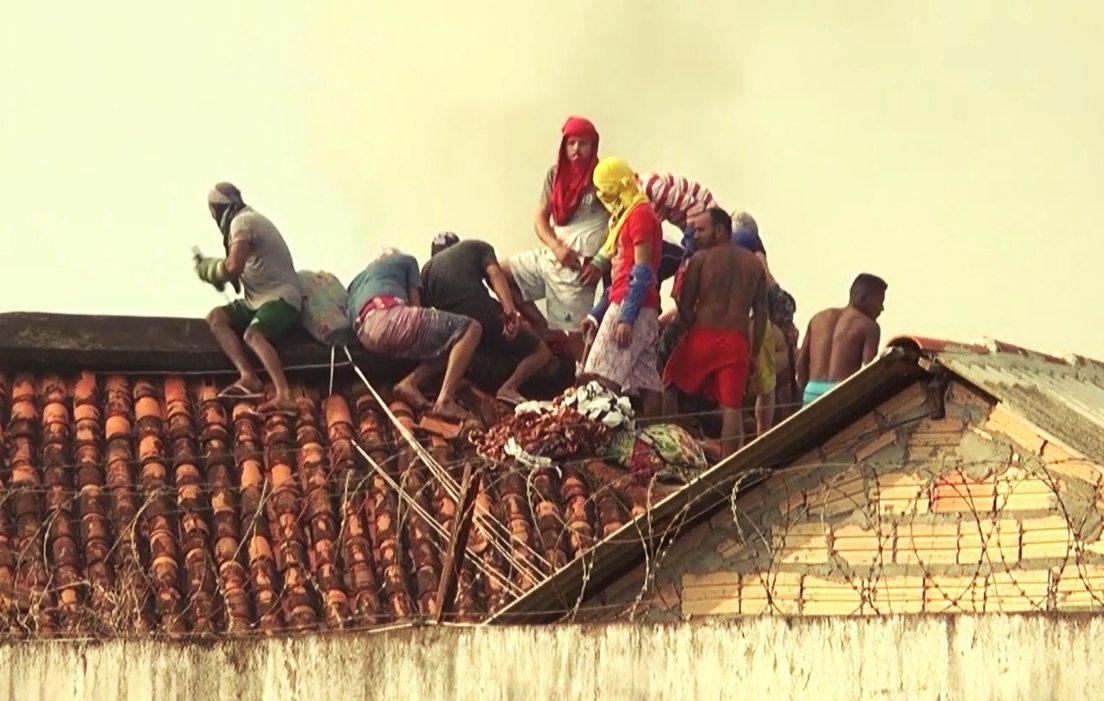 除了幫派間的失控暴力外,巴西爆量的獄政收容問題,也是讓收容人暴動層出不窮且越趨血...