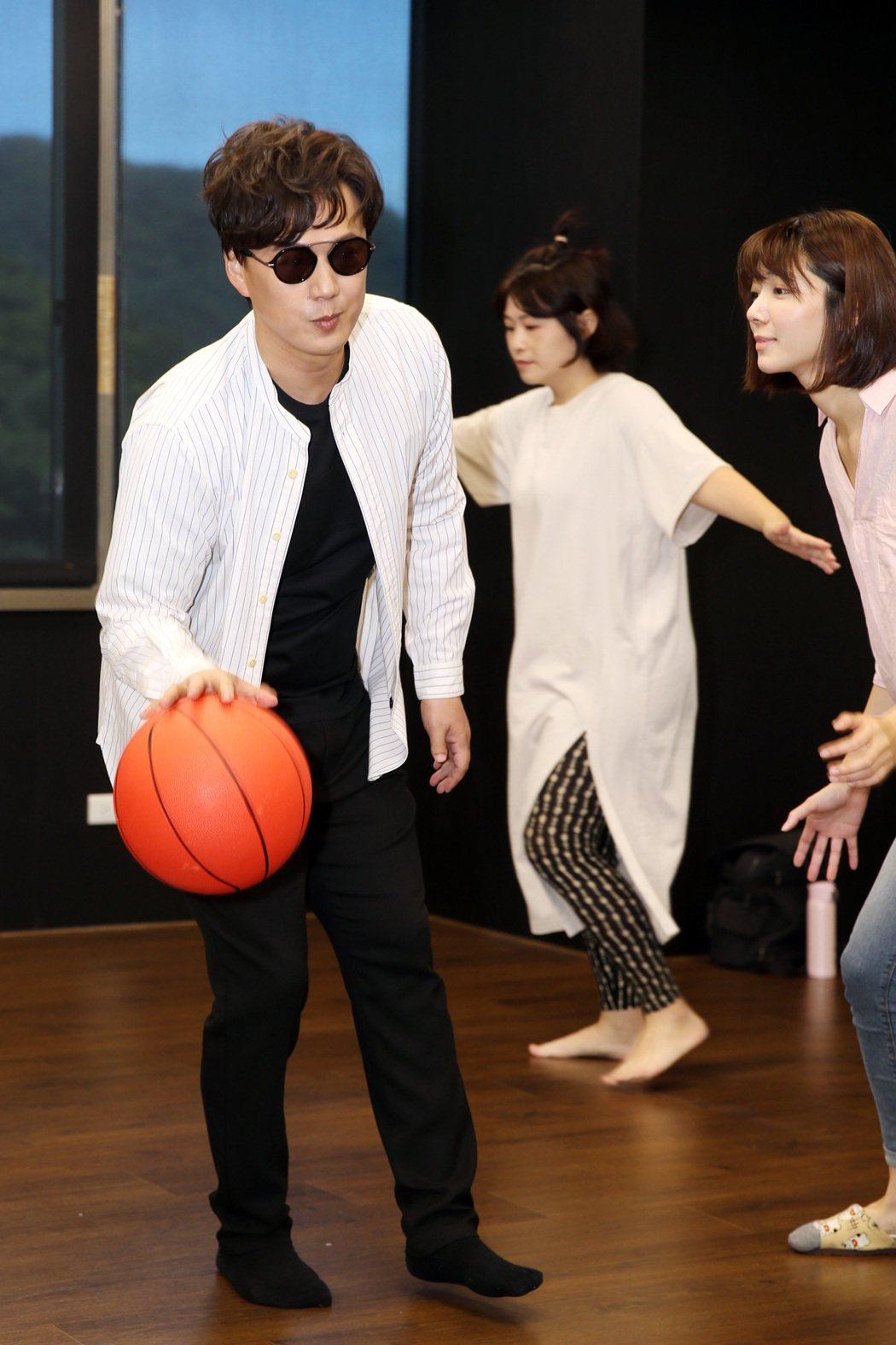 蕭煌奇主演舞台劇「遇見自己」。記者曾吉松/攝影