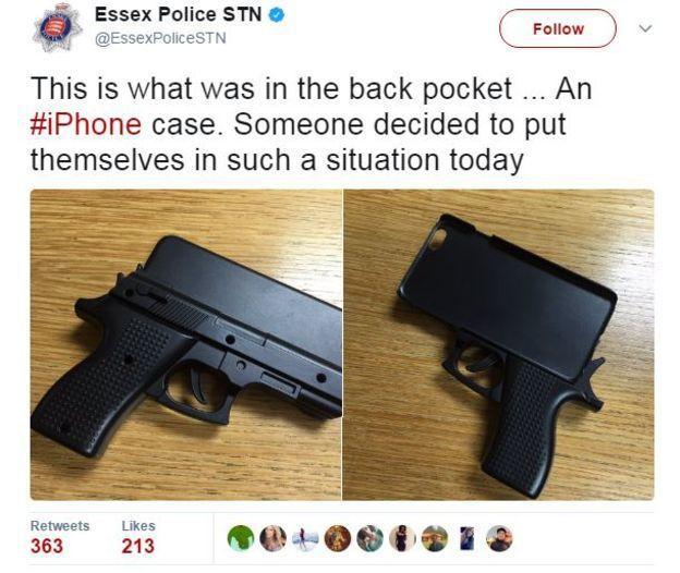 使用這種手機保護套,可能被安全人員攔下無法登機。 (取自BBC)