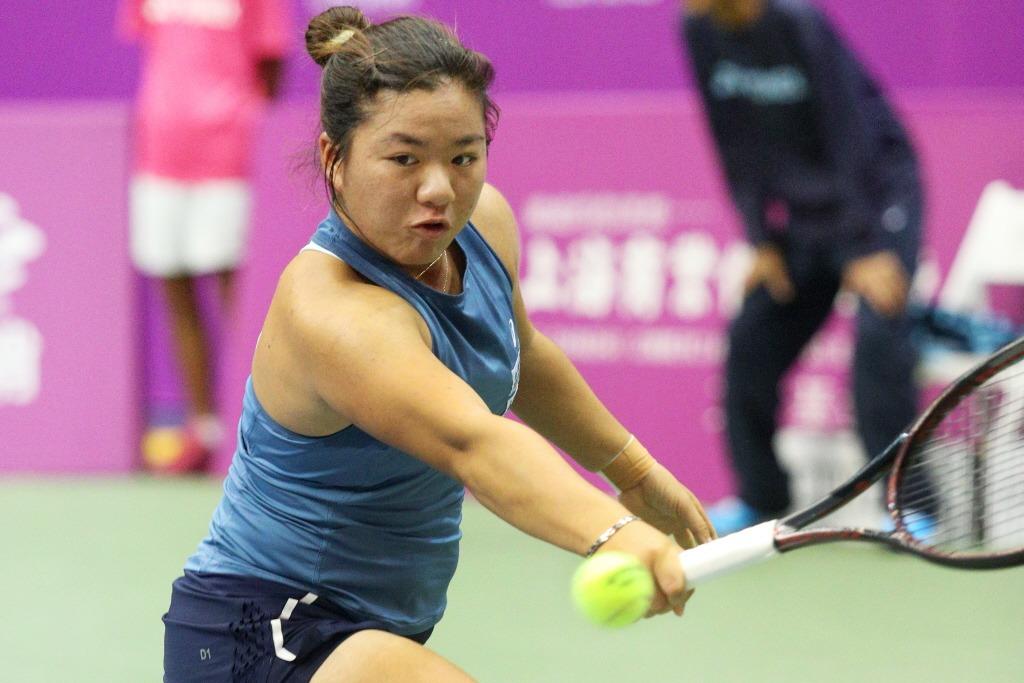 澳網會外賽,台灣網球好手梁恩碩(圖)、吳東霖都在三盤大戰中吞敗,無緣繼續挺進。 ...