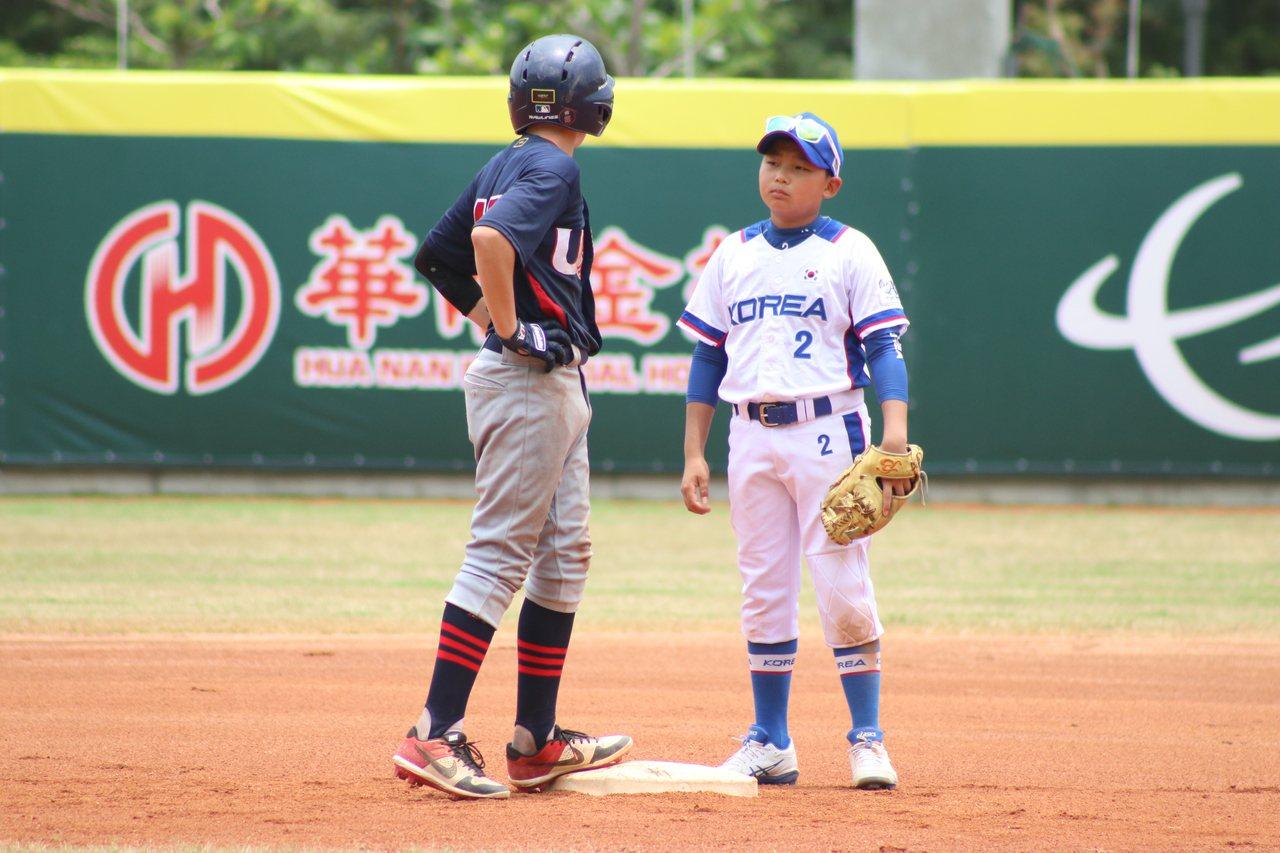 南韓雖不敵美國,但四勝一敗仍居B組龍頭,成為中華隊明天複賽首戰的對手。 圖/中華...