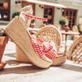 凱特王妃鍾愛的楔型涼鞋也在內!三家必納入的高品質西班牙鞋履品牌