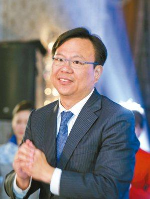 將來銀行執行長劉奕成