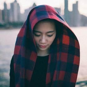 她的時尚學/拍照不要再低頭45度角了 這幾招學起來拍出「夢幻日系」美照讓你秒變網美