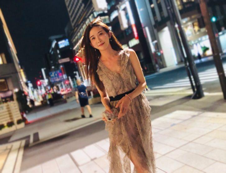 林志玲穿Blumarine 2019早秋系列洋裝現身日本街頭。圖/摘自IG