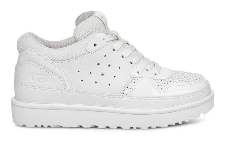 UGG HIGHLAND鞋款(白色),4,800元。圖/UGG提供