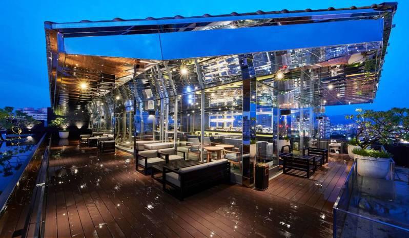 嘉楠風華酒店8月3日到8月8日在空中酒吧舉辦「Je t'aime星光派對」活動。照/嘉楠提供