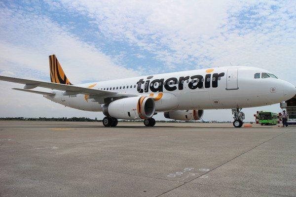 受到第7號颱風薇帕影響,基於飛行安全考量,台灣虎航宣布桃園到澳門往返航班取消。圖...