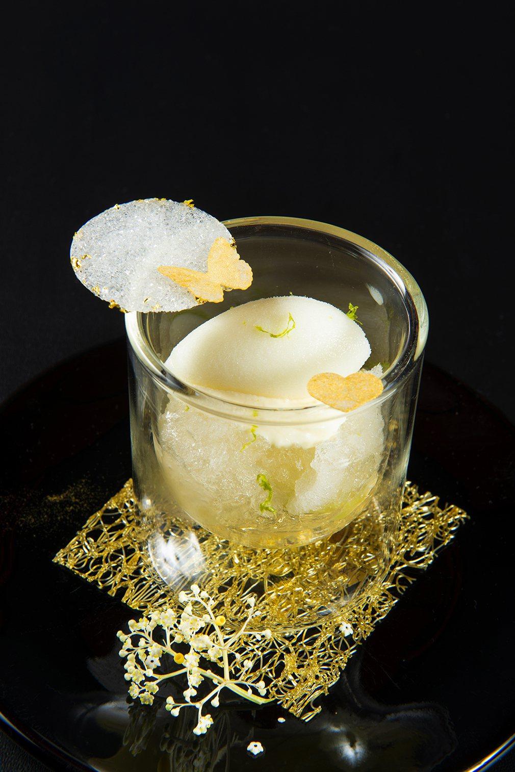 接骨木花及檸檬冰沙。圖/侯布雄法式餐廳提供