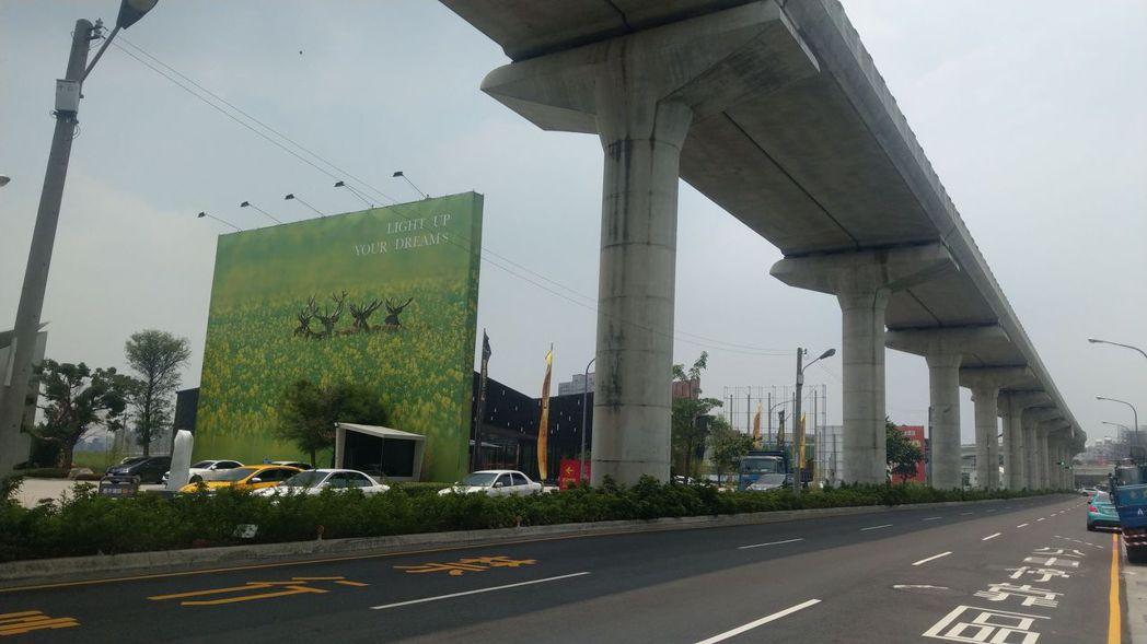 台中捷運綠線「松竹站」周邊的機捷特區,逾15家建商搶進推案。記者趙容萱/攝影