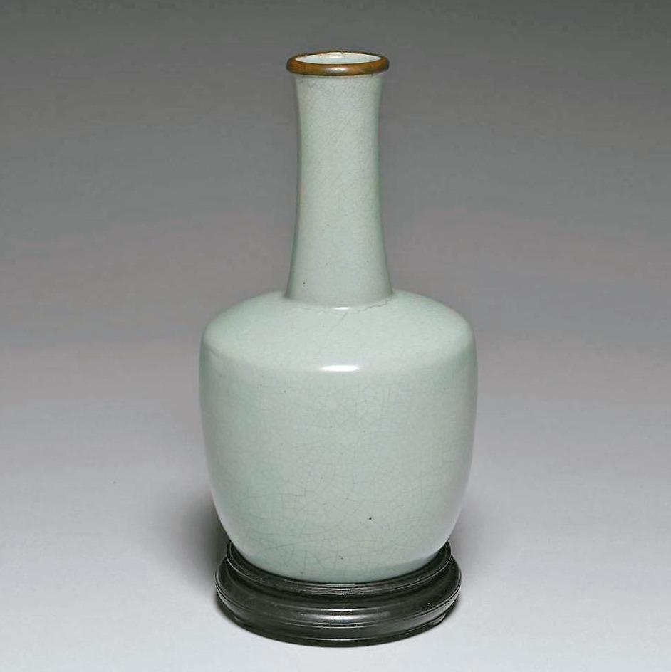 汝窯青瓷紙槌瓶。 圖/故宮提供