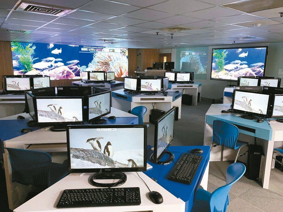 德明科大建置全台最大電貿暨AI實習基地。 德明/提供
