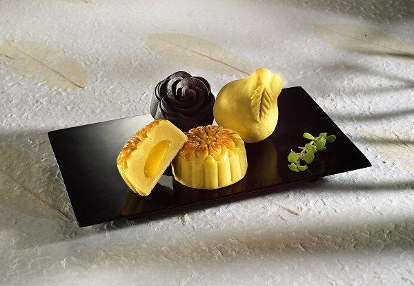 一之軒造型特色月餅(流心奶黃、松露蕈菇與金桔香柚)誘人吸睛。  一之軒/提供