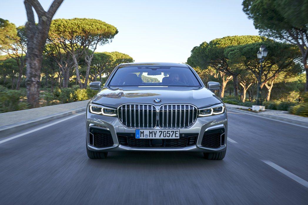 第六代BMW 7 Series在今年初剛進行LCI中期改款。 摘自BMW