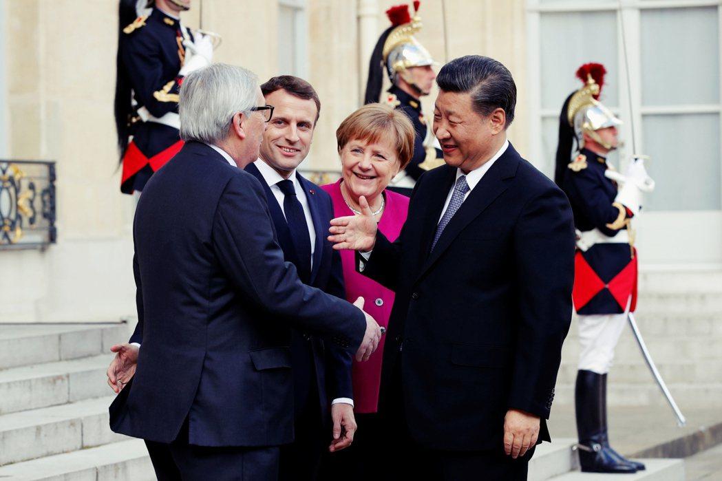 20多年後,歐盟的整合當然進步良多,但在面對隨時準備利用武力威嚇、達到商業利益的...