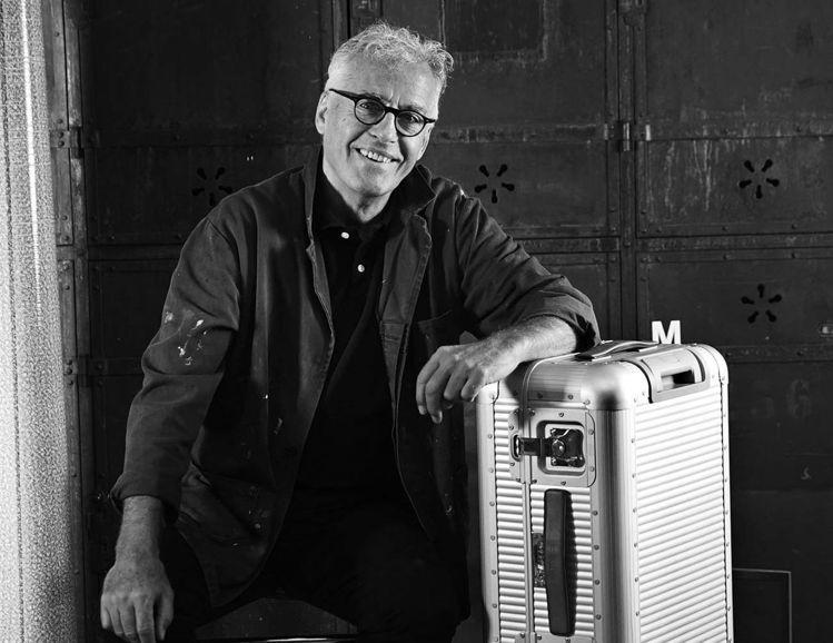 工業設計大師Marc Sadler與FPM合作的Bank系列鋁合金行李箱,是最著...