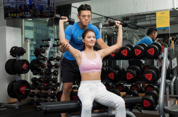 「7-ELEVEN X BEING fit」新世代健身房桃民門市提供專業的一對一...