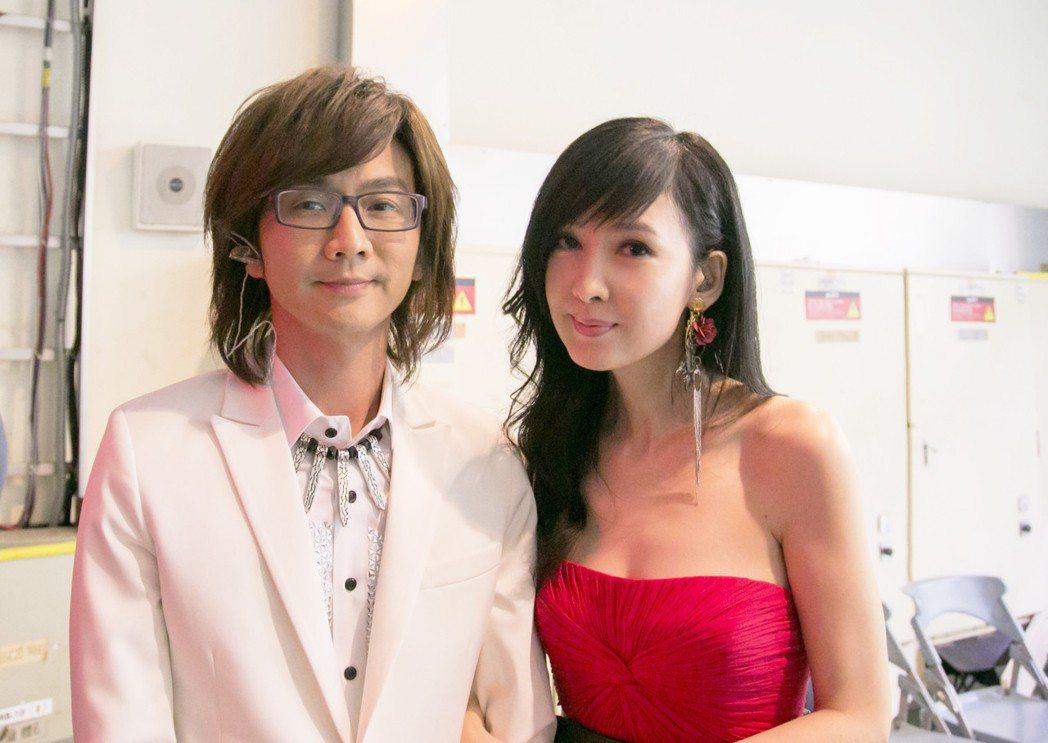 林隆璇(左)、周慧敏這些年仍會碰面。圖/寬宏、福茂提供