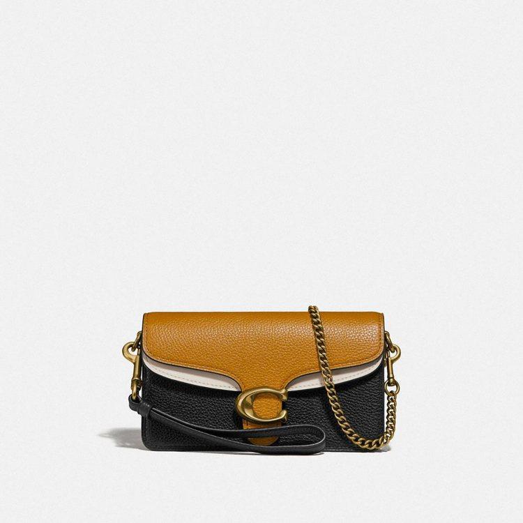 Tabby側背包,售價11,800元。圖/COACH提供