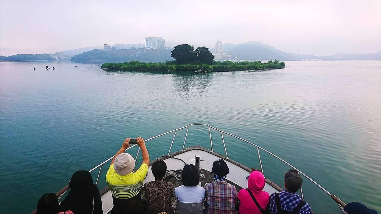 日月潭一直是陸客自由行心目中必訪的台灣景點。圖/遊艇業者提供