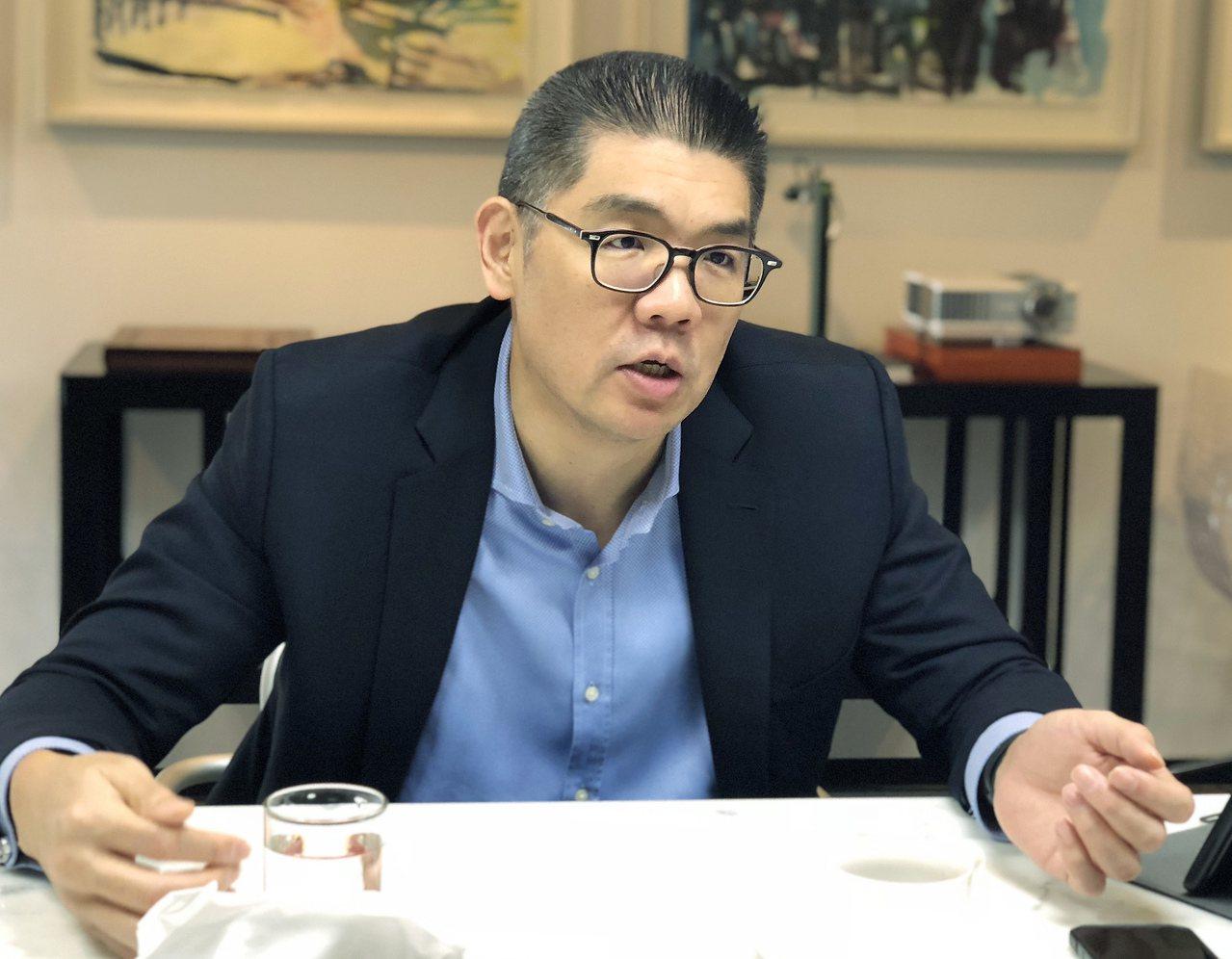 國民黨中央委員連勝文在臉書上表示,韓國瑜的理念是許多經濟型選民所重視的。 聯合報...