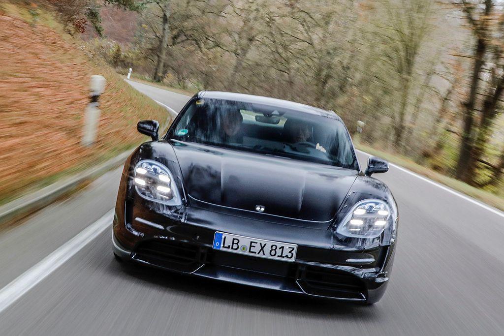9月還有重磅新作保時捷Taycan純電跑車即將發表上市。 圖/Porsche提供
