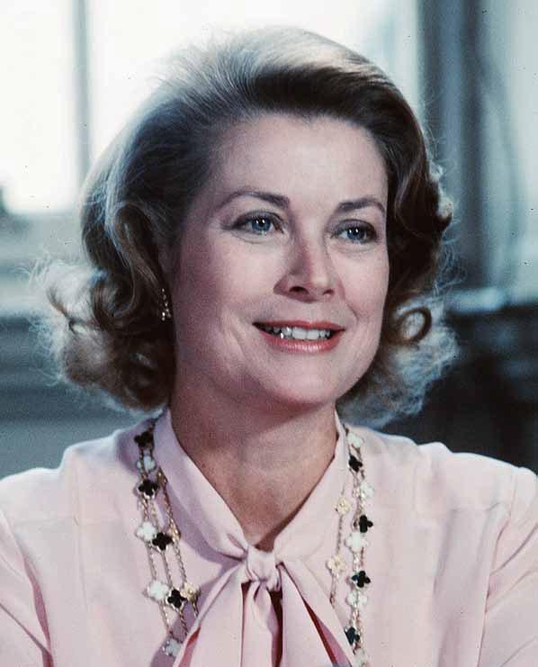 Grace de Monaco摩納哥王妃殿下葛瑞絲凱莉於1979年出席詩歌朗誦會...