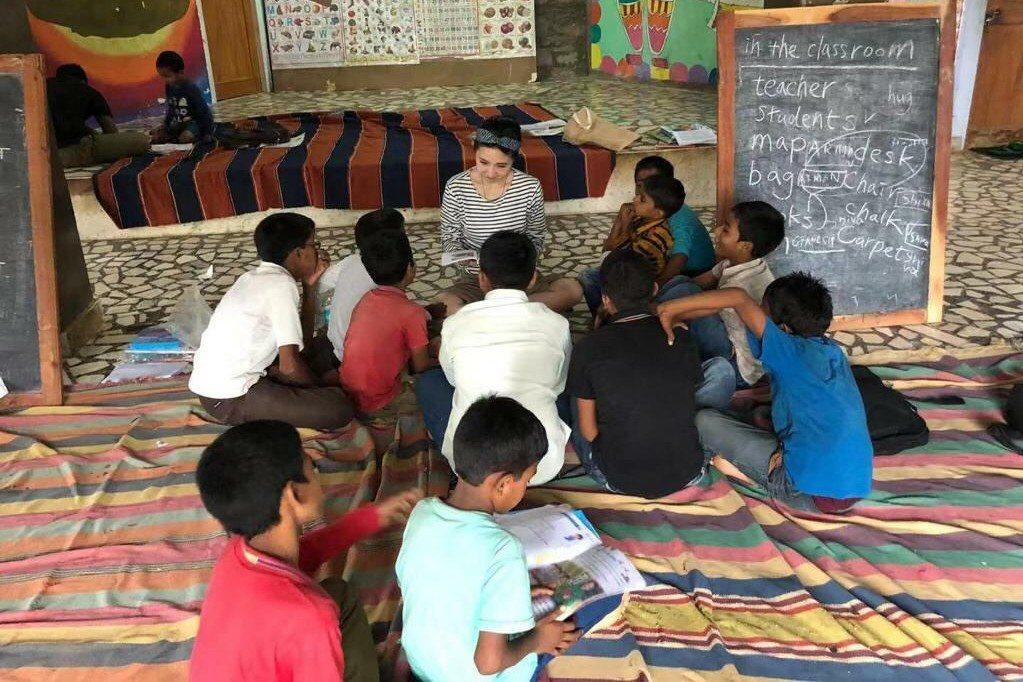 謝忻目前在北印度關懷受虐兒以及被收容的困苦兒童。圖/胡瓜提供