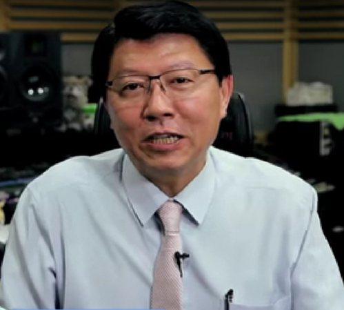 國民黨台南市黨部主委謝龍介說,柯文哲若出來參選,年輕族群的票源可能會被分走。 圖...