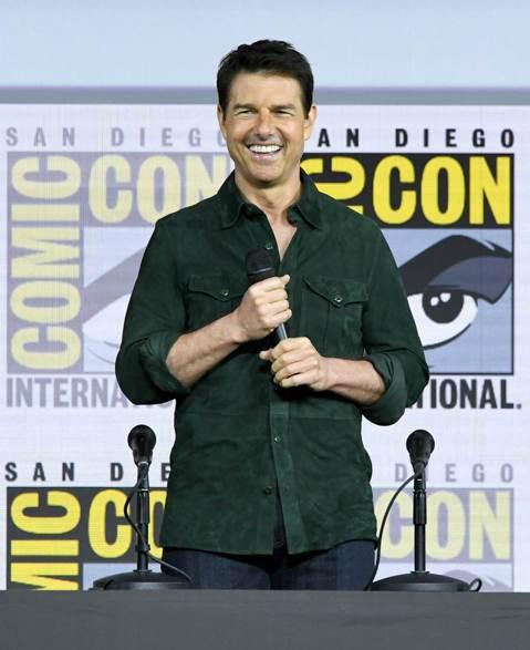 好萊塢巨星湯姆克魯斯(Tom Cruise),六年前與前妻凱蒂荷姆斯(Katie Holmes)離婚後,就和捧在手掌心疼愛的女兒舒莉(Suri)形同陌路。八卦周刊「Us」爆料,湯姆克魯斯因為信奉山達...