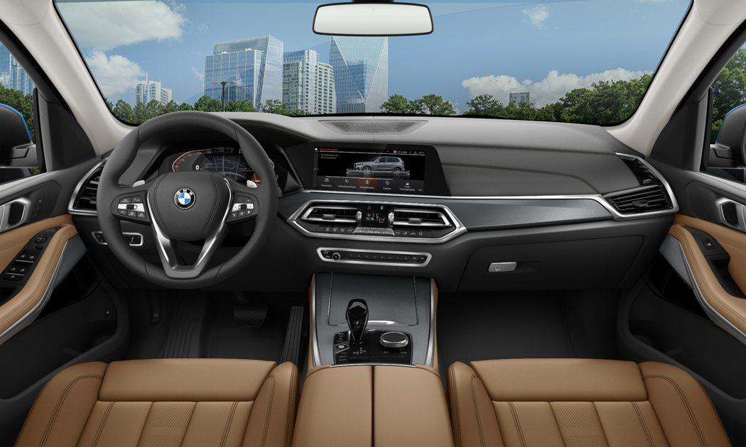 全新BMW X5數位虛擬座艙搭配Vernasca真皮內裝,打造舒適豪華科技氛圍。...