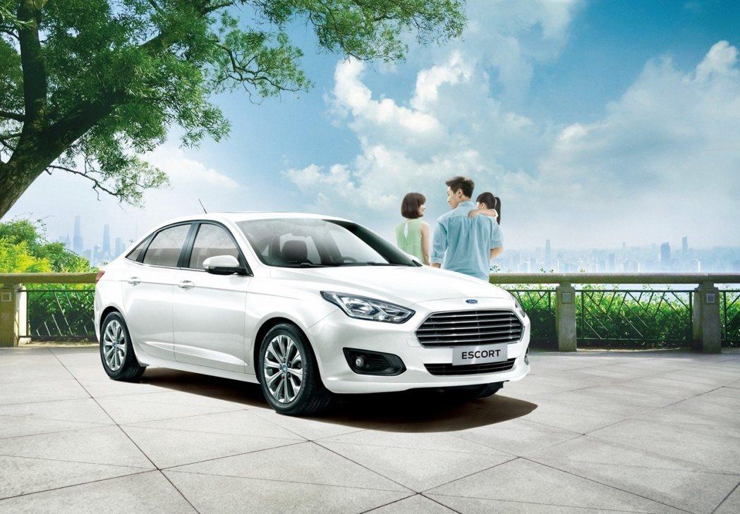 Ford Escort在四門房車式微年代,今年正式告別台灣市場。 圖/Ford提...