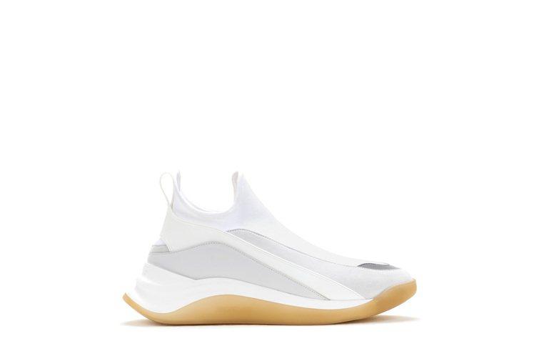 SPORTMAX 3DMOTUS運動鞋,售價15,500元。圖/SPORTMAX...