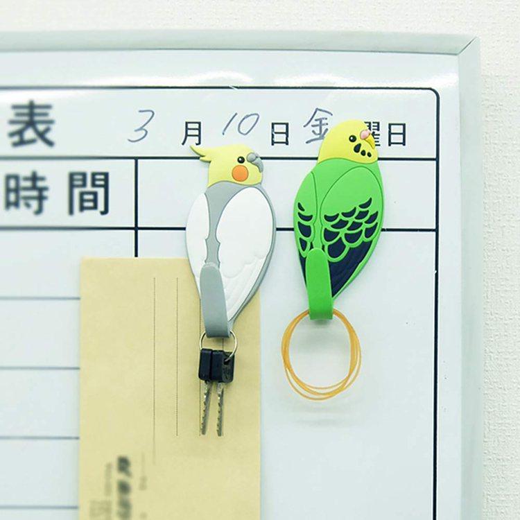 台隆手創館獨家推出的磁力動物尾巴造型掛勾,每款售價380元。圖/台隆手創館提供