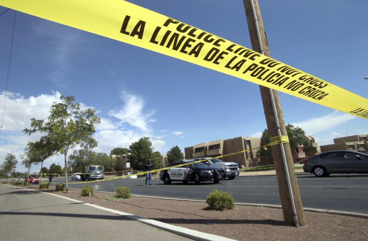 在艾爾巴索購物中心奪走至少20條人命的槍案嫌犯,據信是上周剛滿21歲的白人克魯修...