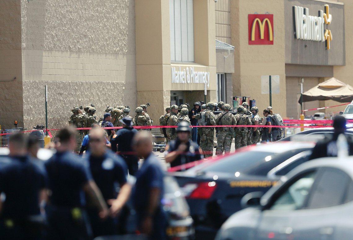 艾爾帕索賣場槍擊案的死傷總數,目前宣布為20死26傷;但傷者多人傷勢嚴重、性命垂...