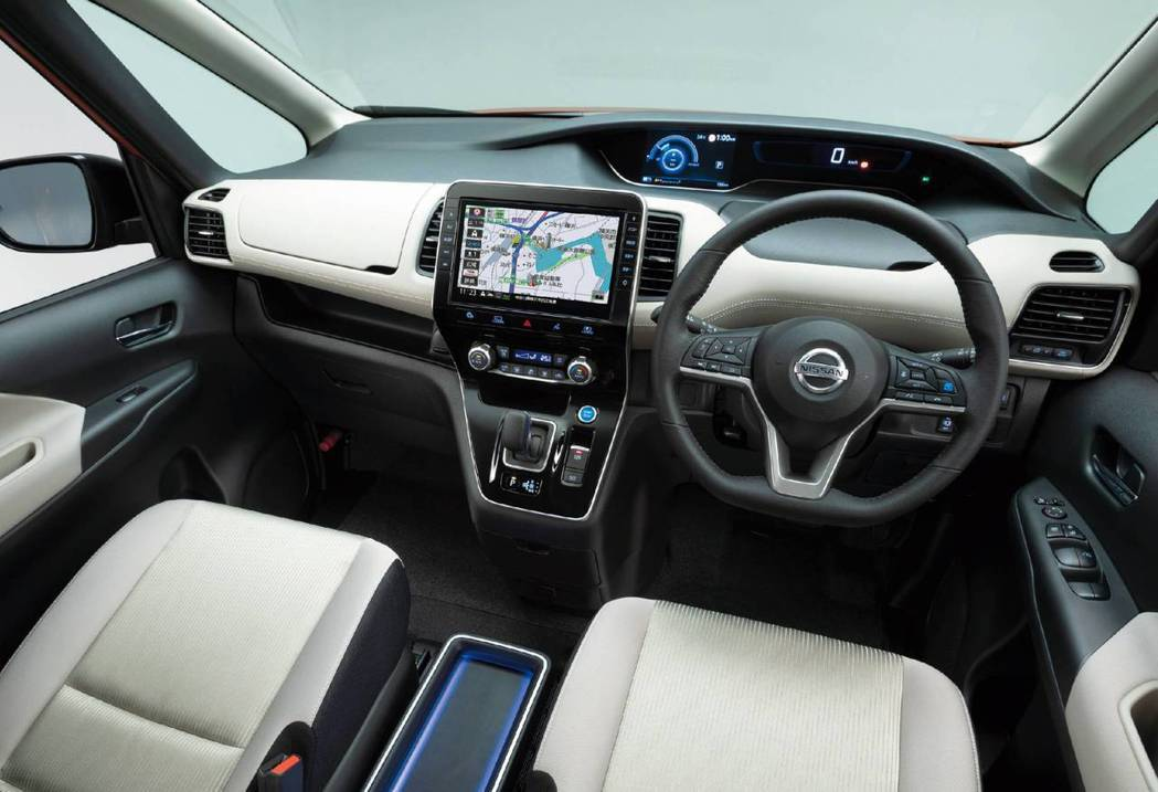 小改款Nissan Serena 內裝並沒有做更動。 摘自Nissan