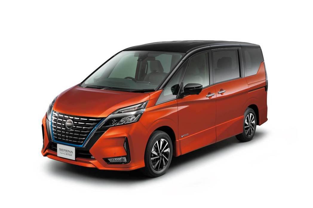 小改Nissan Serena Highway Star V。 摘自Nissan