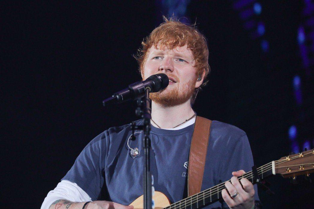 4月甫來台開唱的紅髮艾德,打敗U2樂團,成為巡演票房榜冠軍。圖/華納音樂提供