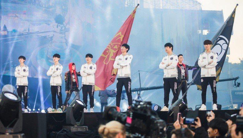 中國成為電競強國,圖片為《英雄聯盟》LPL 戰隊Invictus Gaming(...