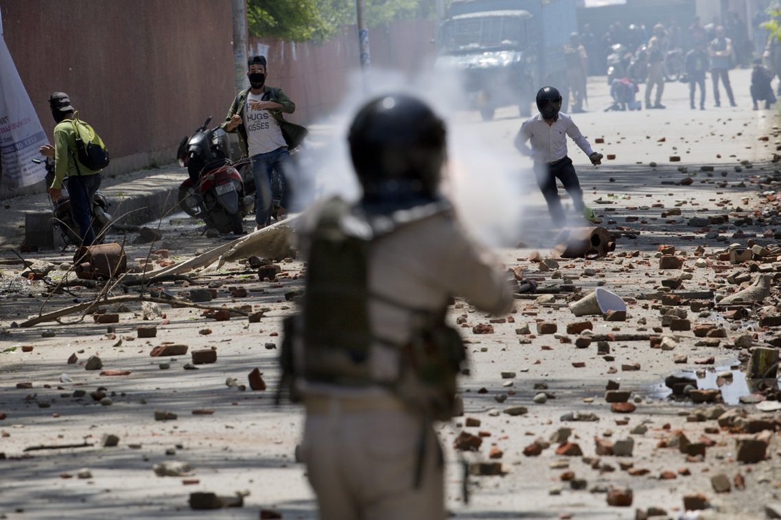資料圖片,6月份的喀什米爾抗爭。 圖/美聯社