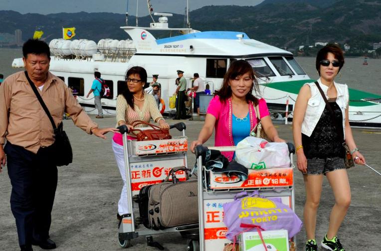 福建省官員表示,辦理陸客「小三通」,一切正常,沒有變化。(大公網資料照片)