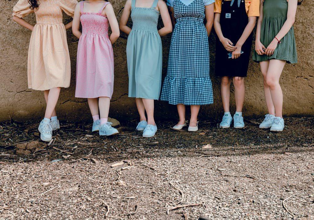 梨形女孩,夏天選擇裙子,請切記2好3壞。圖/摘自 pexels