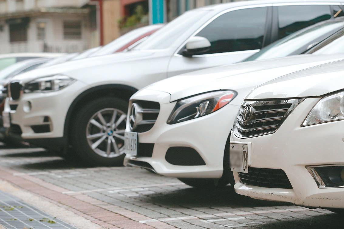 進口車大軍壓境 國產車促降引擎進口關稅