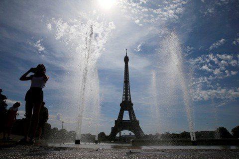 2019年6月,巴黎卻迎來了一波10幾年來最強的「熱浪」,瞬間讓這座浪漫之都成了...