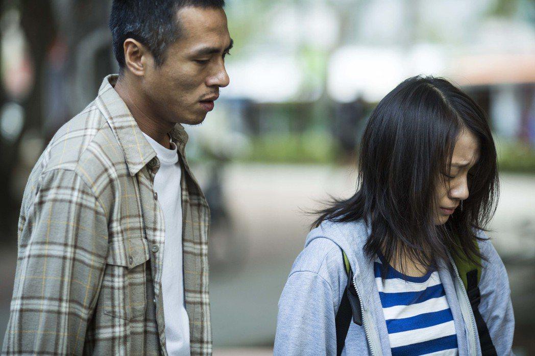 莊凱勛與楊蕎安在《回家路上》飾演父女。《回家路上》劇照。 圖/公視提供