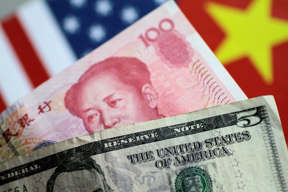 人民幣兌美元匯率5日跌破7元大關,是2008年金融海嘯以來首見。路透