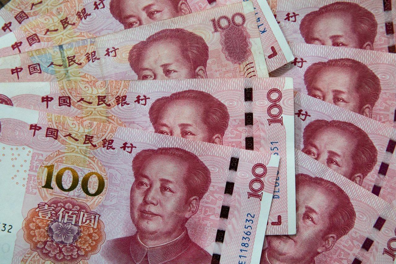 美國正式將中國列為匯率操縱國,但由於雙方早已展開貿易談判,美方也對中國商品加徵關...